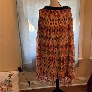 It's spring time❤️ This is a Ruby Rd. Skirt!! 20W